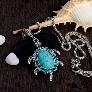 🦋💙BOHO Tibetan Turtle Turquoise Necklace 💙🦋